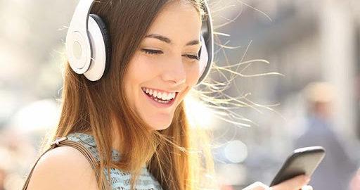 słuchanie 2 512x270 - Słuchaj angielskiego na żywo